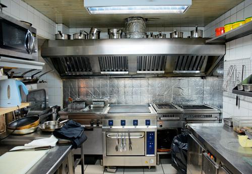 installation-de-ventilation-commerciale