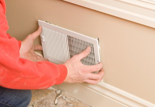 pose-professionnelle-de-système-de-ventilation